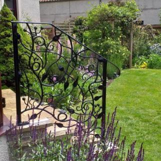 Pitlessie Handrail